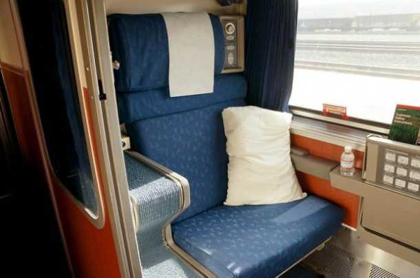 Tips on Traveling in an Amtrak Roomette
