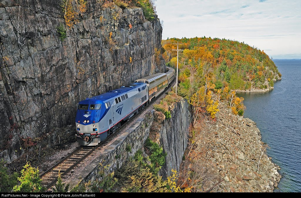 Amtrak-Lake-Champlain