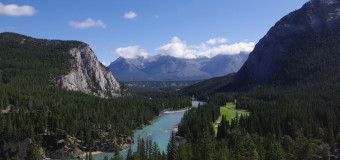The Rocky Mountaineer: Pro and Con